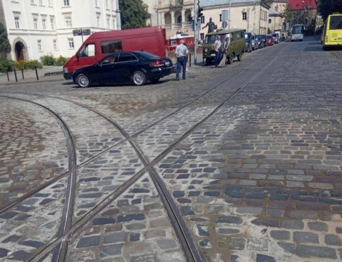На перехресті вулиць Підвальна-Руська завершено роботи та прокладено 50 метрів нової колії